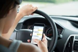Ways to Prove a Driver Was Distracted When an Accident Occurred